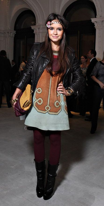 Miroslava Duma big accessories